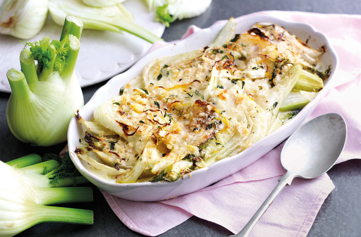 Milk-braised fennel with thyme breadcrumbs | Tesco Real Food