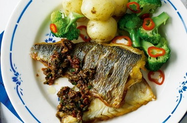 Pan-fried sea bream