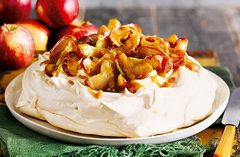 Autumn apple Pavlova