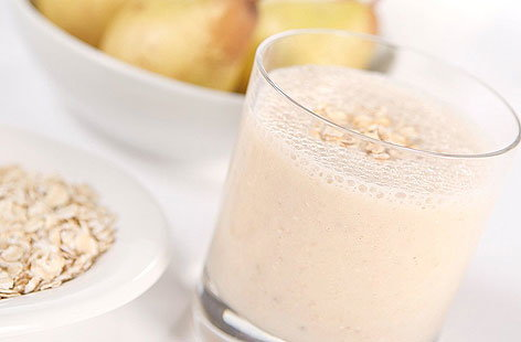 pear banana oat smoothie 001HERO