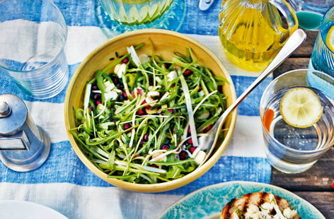 rocket salad with pomegranate dressing(h)