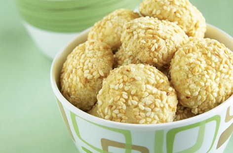 sesame cookies HERO