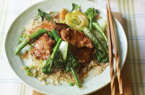 Pork fillet stir-fry with oriental greens recipe