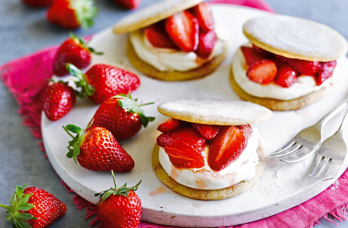 Strawberry and cream shortcakes recipe