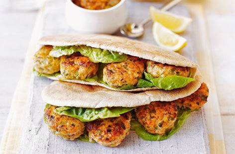 Pop these tikka masala spiced fishcakes into a pitta for a quick and easy lunchtime treat