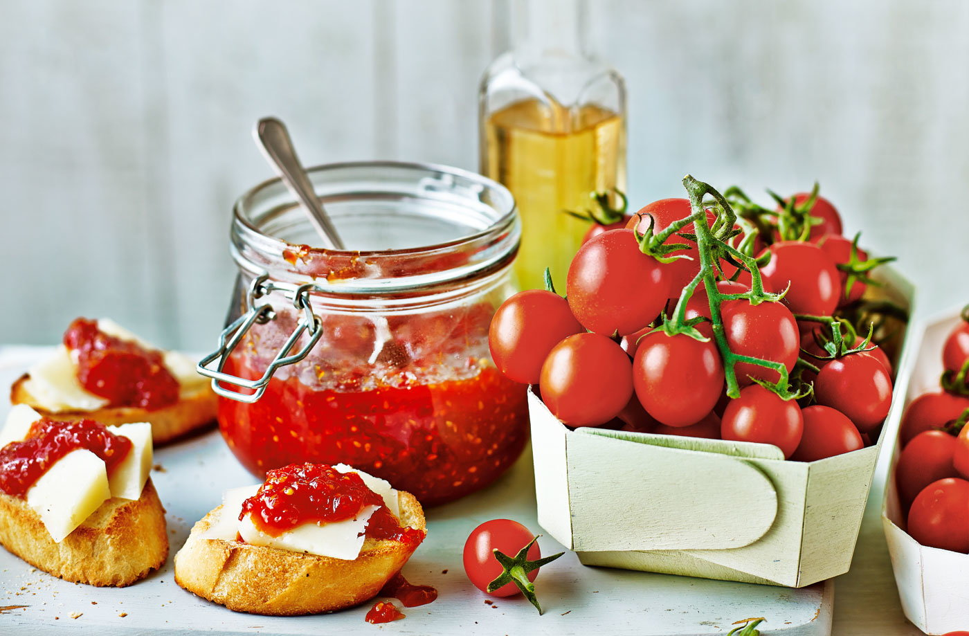 Tomato and chilli chutney  recipe
