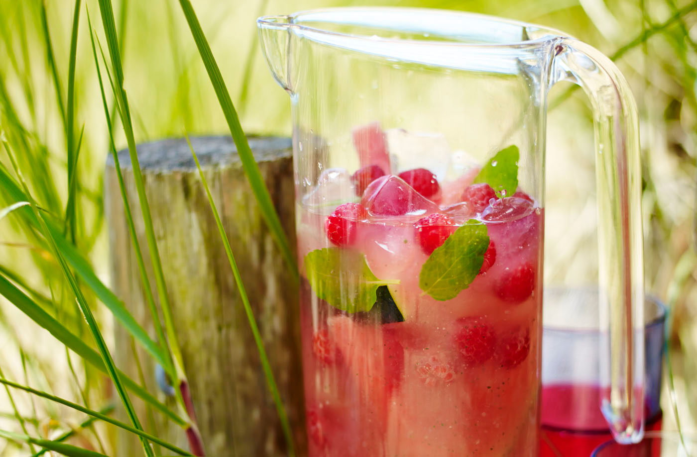 Watermelon and raspberry cooler recipe