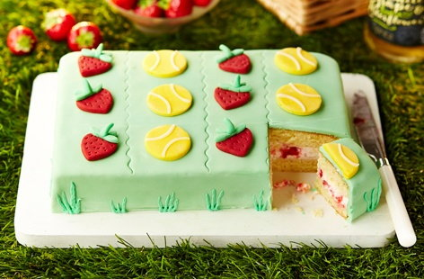 Wimbledon strawberry cake